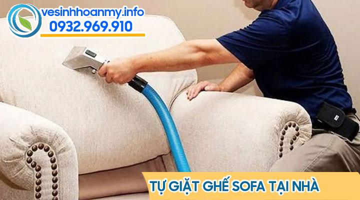Tự giặt ghế sofa tại nhà